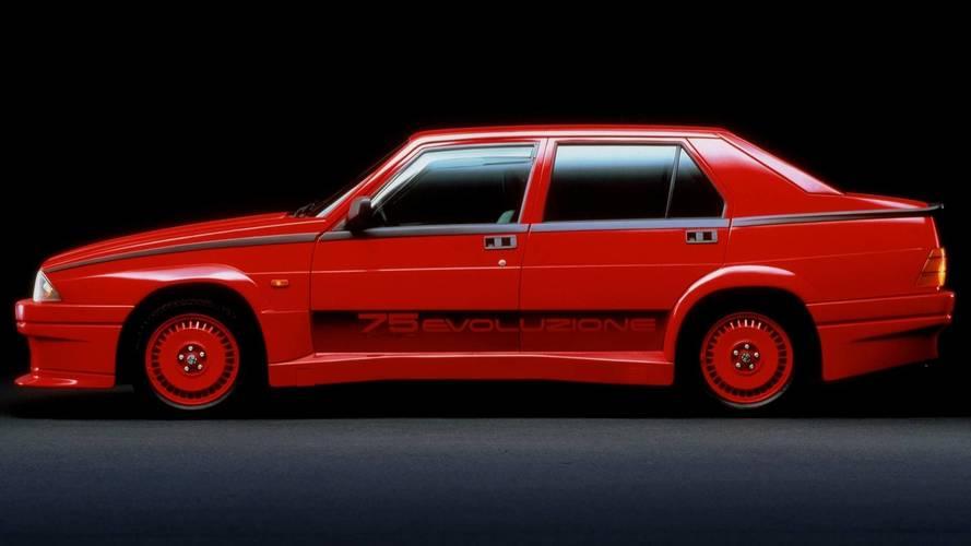 25 coches clásicos con el apellido 'Turbo'