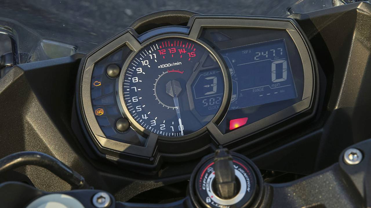 The Ninja 400's instrument display is high-quality and full of information. It's also easy to read while riding.