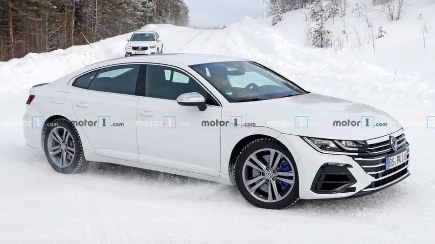 VW Arteon R will come in estate flavour as well - report