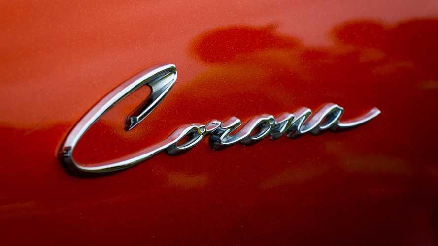 Toyota Corona e altre auto dai nomi più sfortunati
