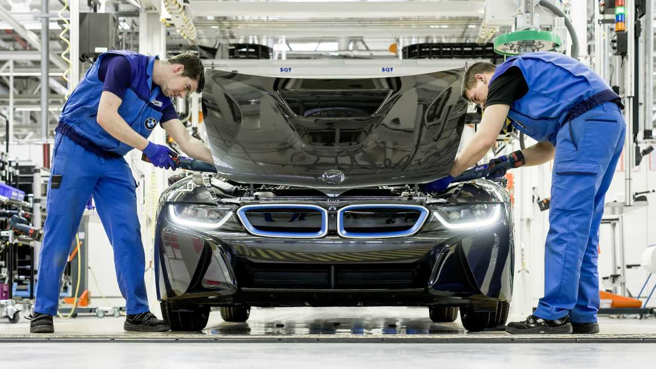 BMW i8 production