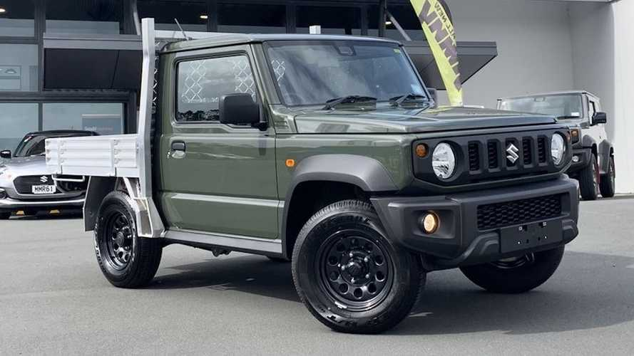 Este adorable Suzuki  Jimny, transformado en pick-up, está a la venta