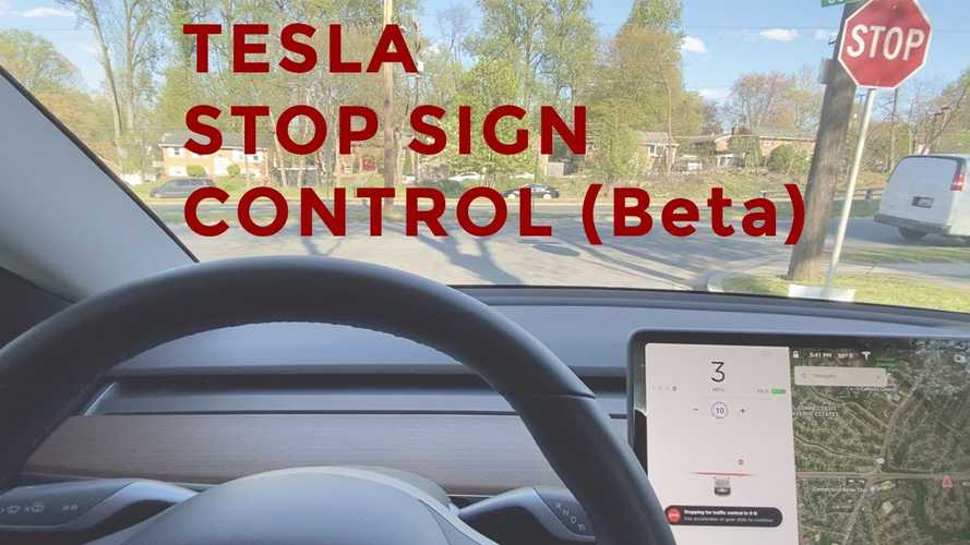 Watch Tesla Autopilot Traffic Light & Stop Sign Response In Action