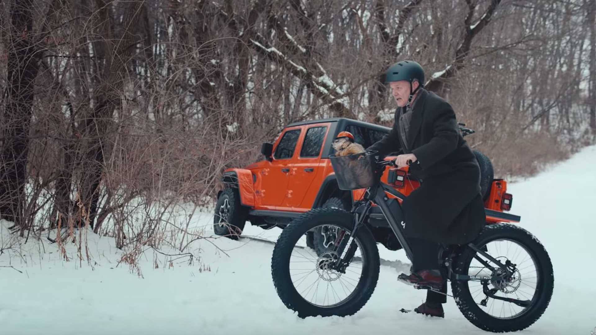 """[""""Bill Murray Drives Jeep Gladiator With Groundhog In Super Bowl Ad""""]"""