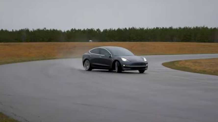 Tesla Model 3 Performance, come va in pista con il Track Mode V2