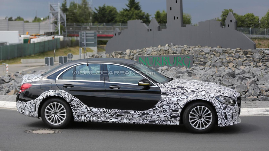 Mysterious Mercedes-Benz C-Class mule spied, what is it?