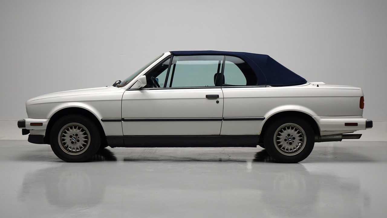 Alpine White 1989 BMW 325i Is A Lovely Convertible