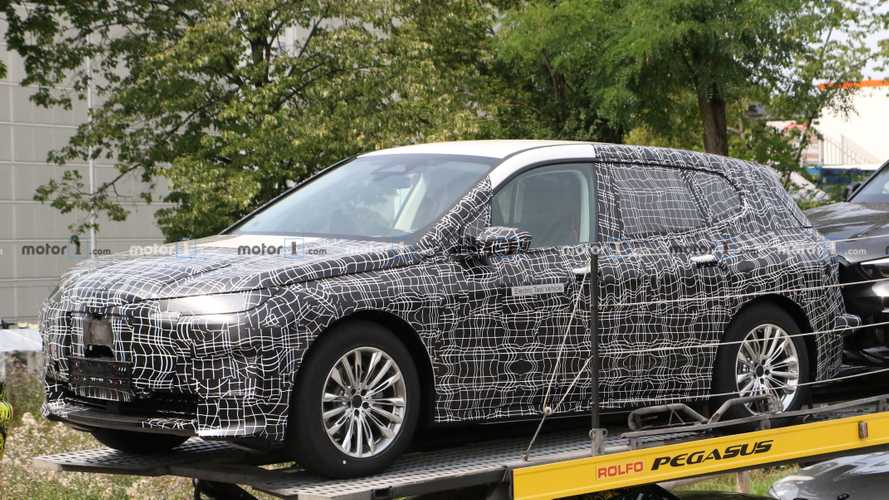 BMW iNext Spy Photo