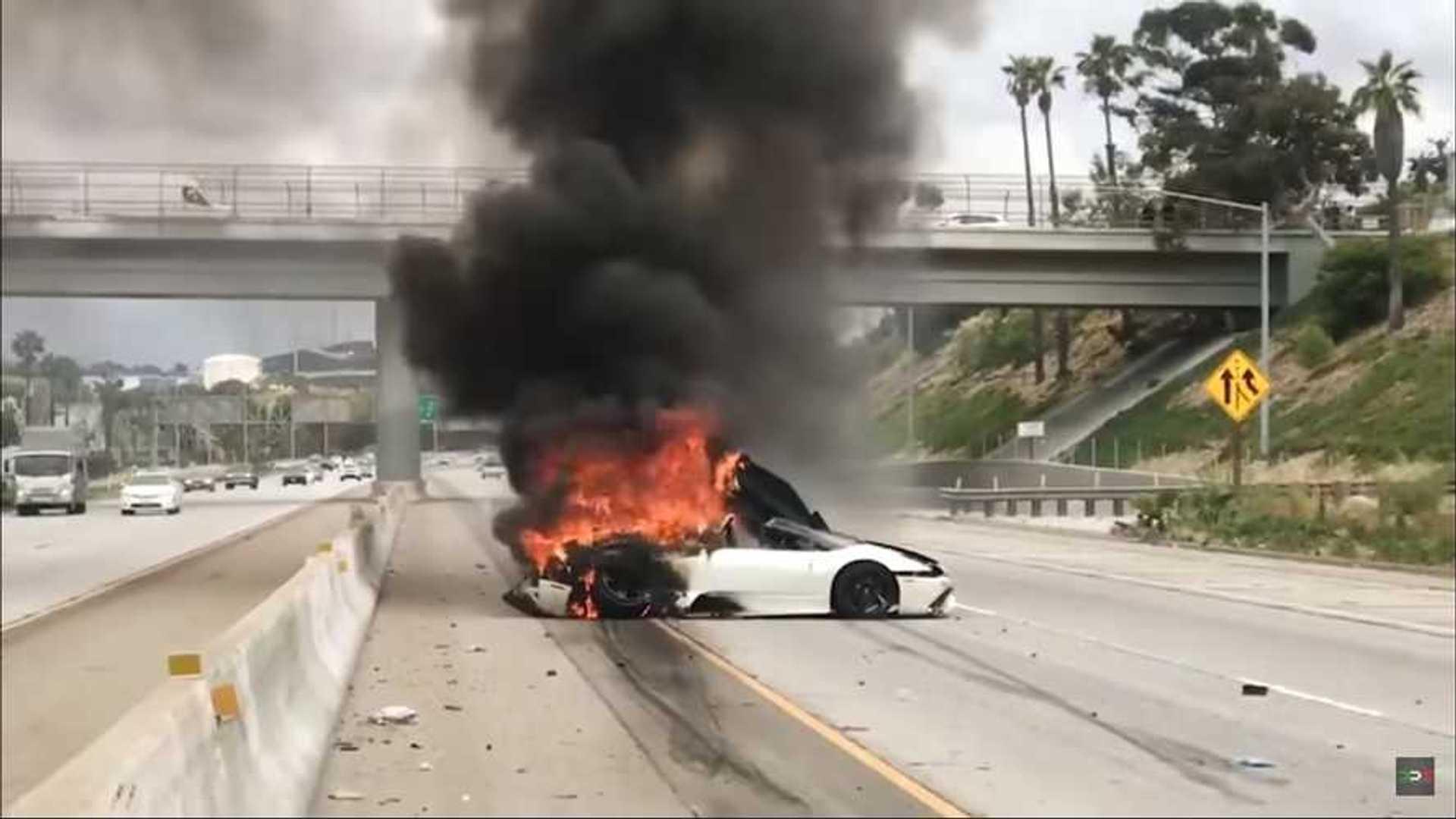 Lamborghini Murcielago Crashes And Burns