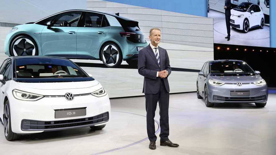 Elon Musk se encontra com o CEO da VW e testa os elétricos ID.3 e ID.4