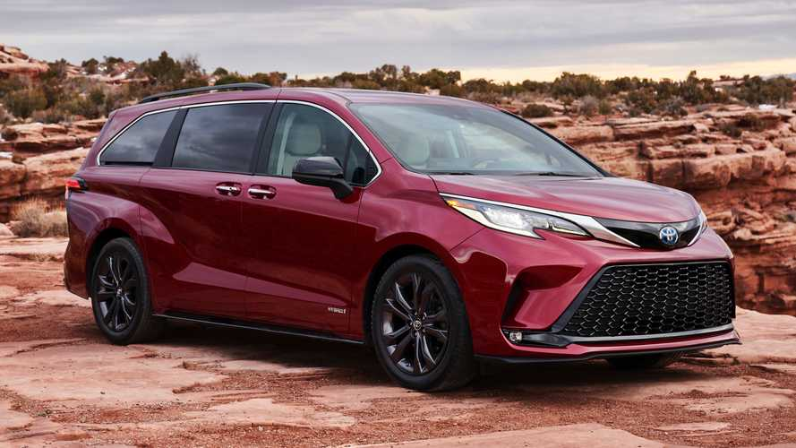 2021 Toyota Sienna Front Design Takes After The Bullet Train