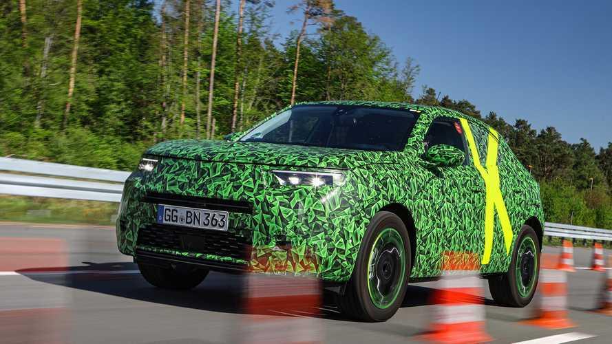 Nuova Opel Mokka, nuovi collaudi tra neve e pista
