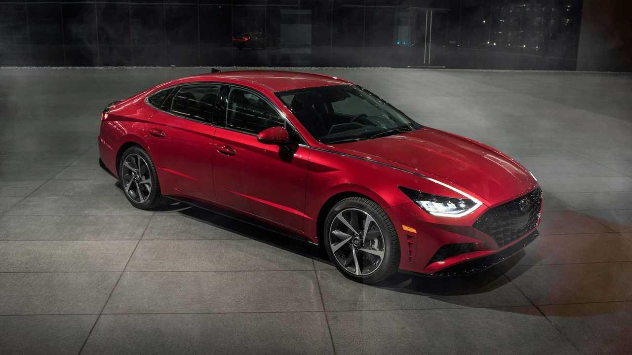 2021 Hyundai Sonata front quarter red beauty shot