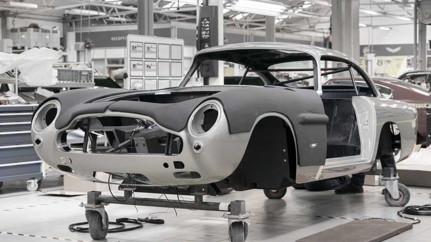 "Aston Martin reprend la production de la DB5 ""Goldfinger"""
