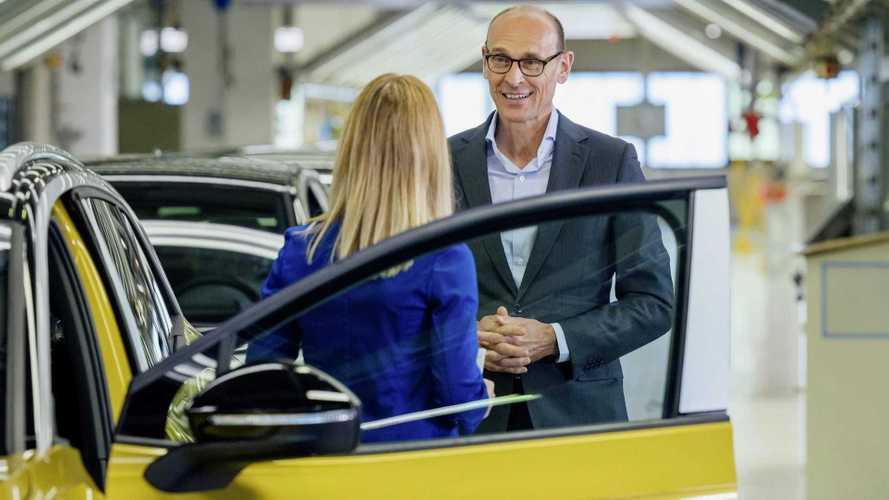 Volkswagen ID.4: elétrico inicia produção em série e estreia em setembro
