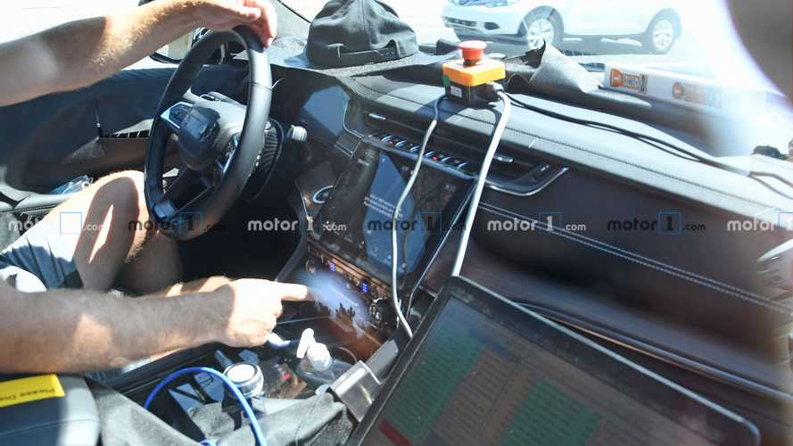 2022 Jeep Grand Cherokee Interior Spied Looking Very Premium
