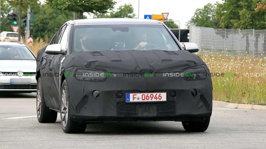 Шпионские фото электромобиля Genesis JW