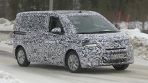 volkswagen t7 transporter spy video