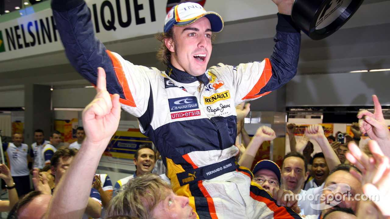 Fernando Alonso at Singapore GP 2008