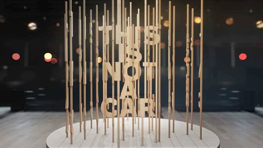 Volvo a Los Angeles con uno stand senza auto