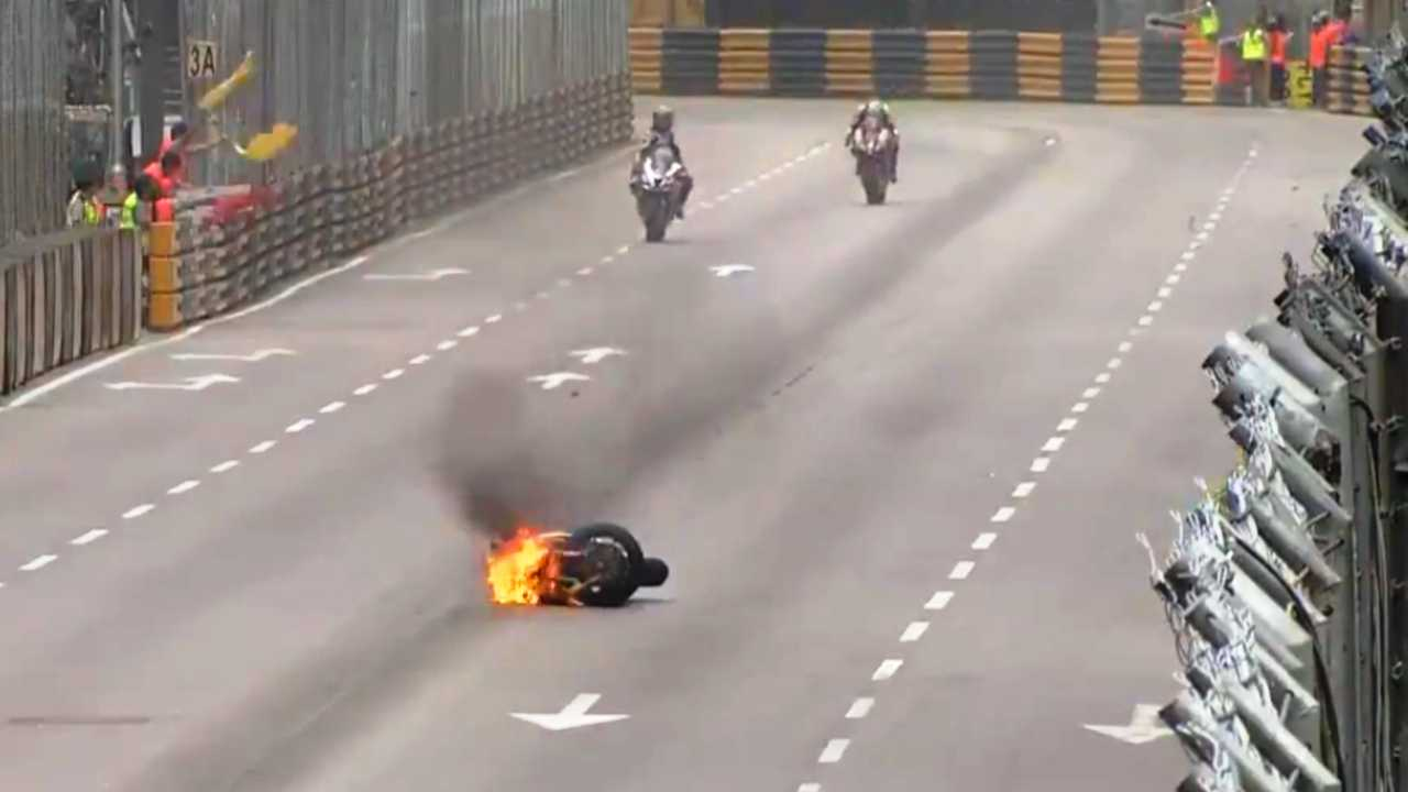 Macau Practice Crash 2