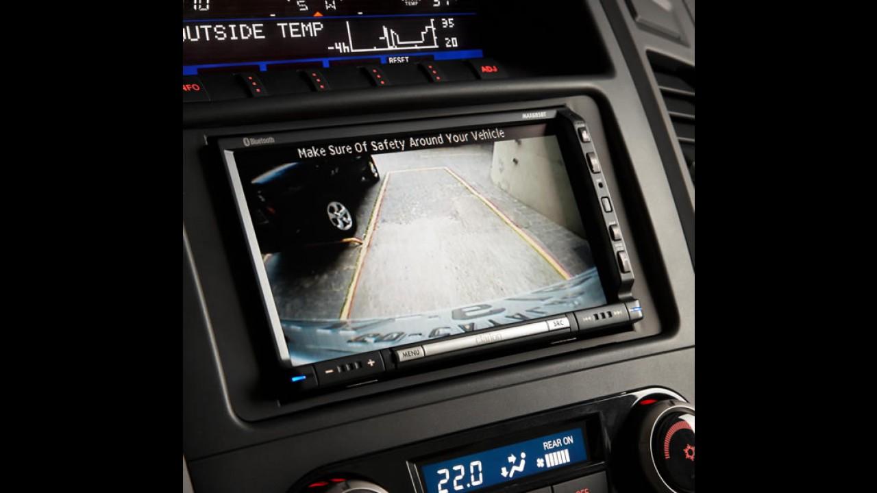 Mitsubishi Pajero Full 2010 chega com motor V6 mais potente e câmera traseira