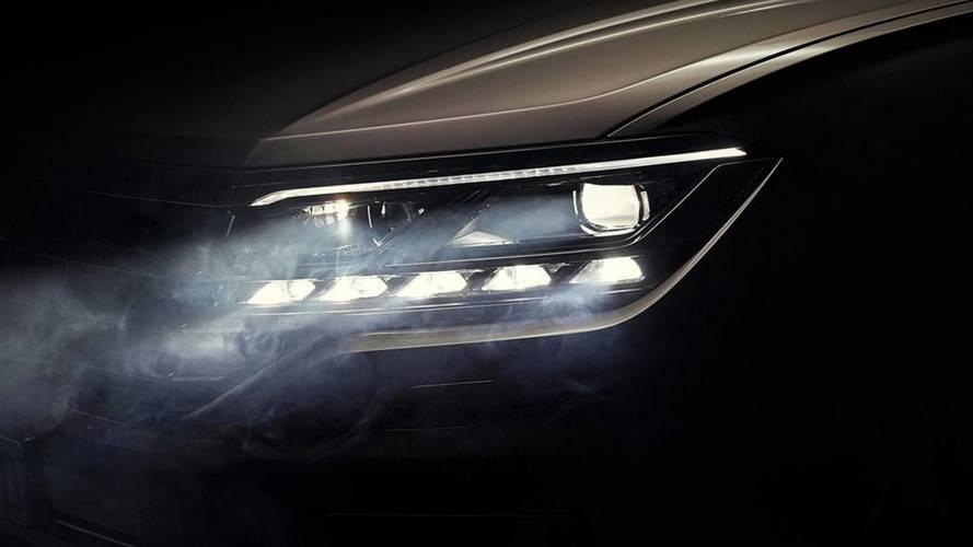 Volkswagen Touareg'in yeni teaser görseli ön farlarını gösteriyor