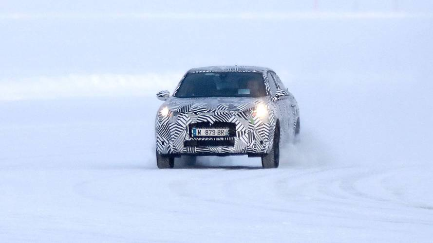 2018 DS 3 Crossback spied
