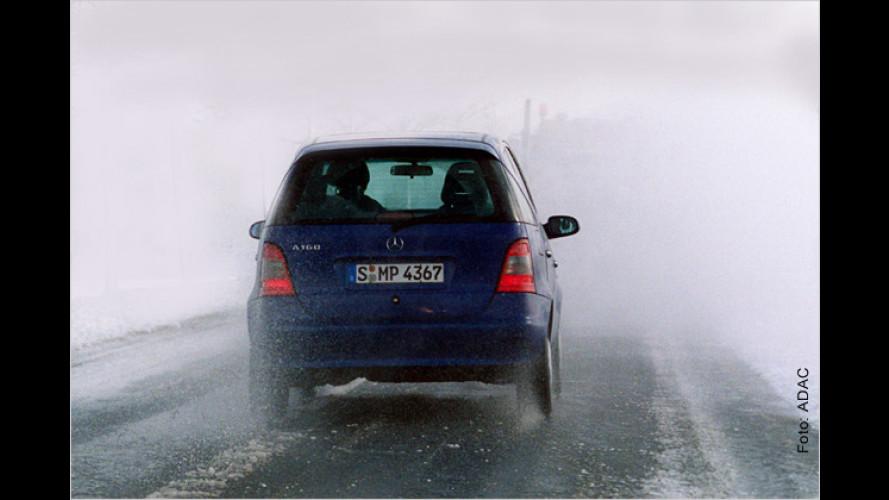 Durchblick beim Autofahren statt Blindflug im Nebelgrauen
