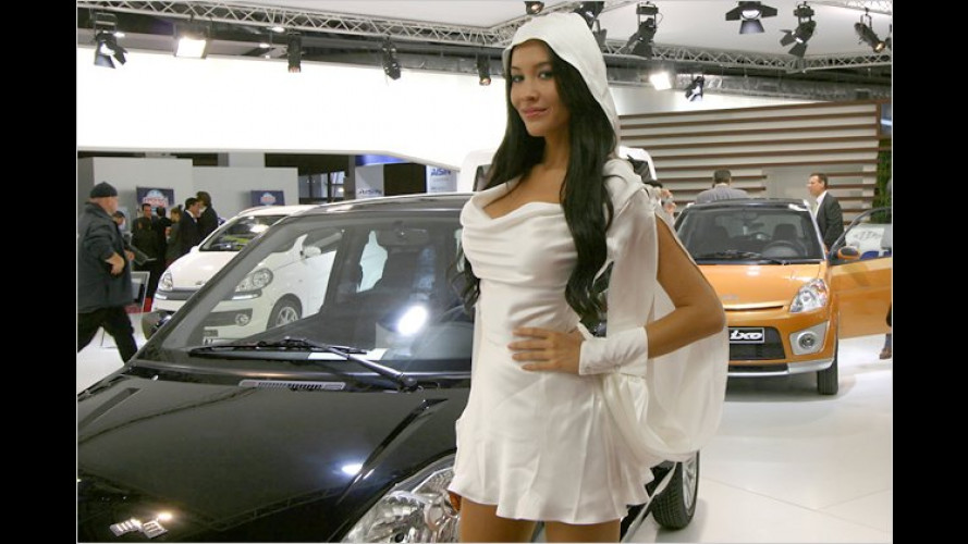 Pariser Autosalon 2010: Die heißesten Girls