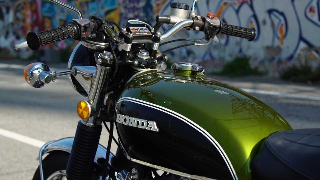 Honda CB500 Quattro dettagli