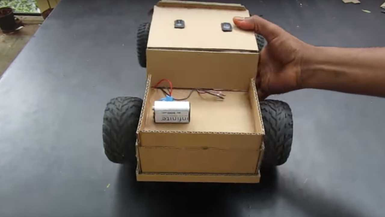 12-Minute Video Teaches You How To Make A Cardboard Car