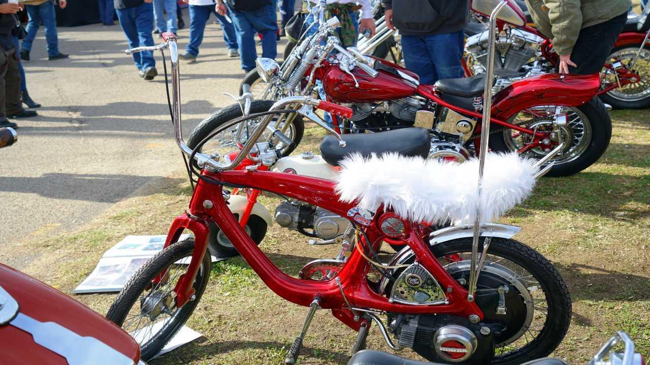 Chopperfest custom Honda moped