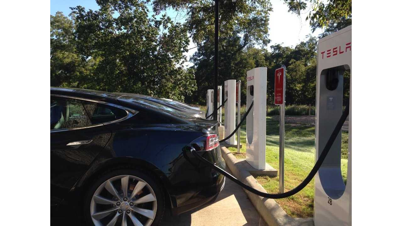 Tesla Supercharger Now Online in Columbus, Texas