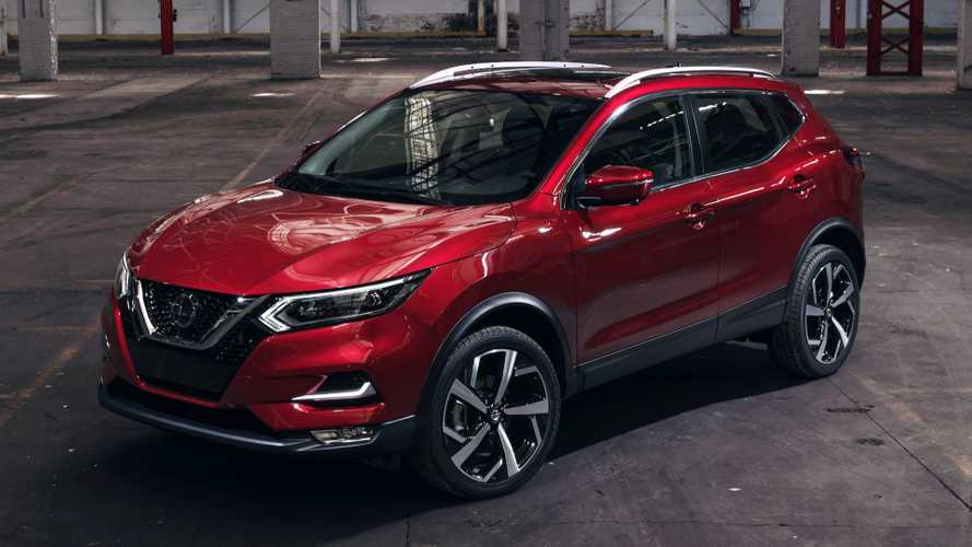 2020 Nissan Rogue Sport 15 of 39 | Motor1.com Photos