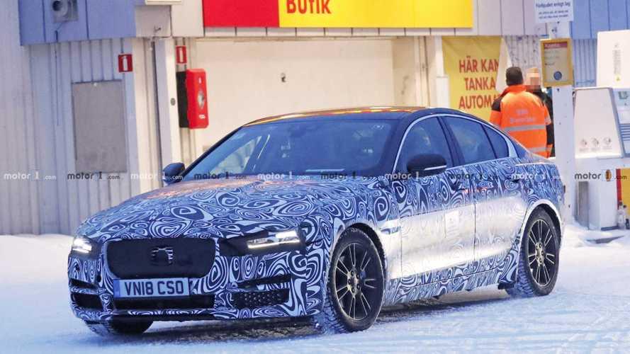 Jaguar düşen satışlara rağmen sedanlardan vazgeçmeyecek