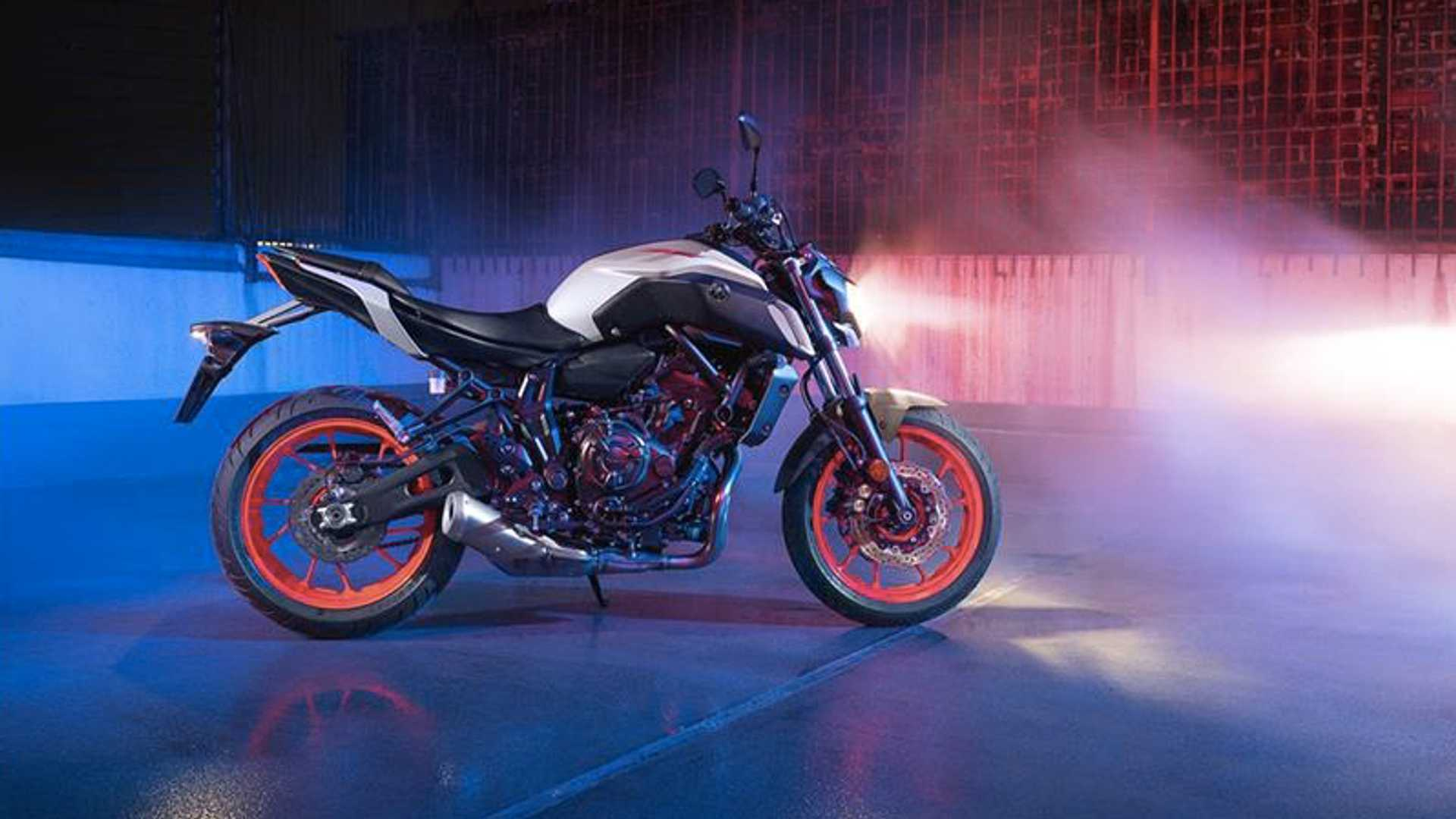 2019 Yamaha MT-07 | RideApart Photos