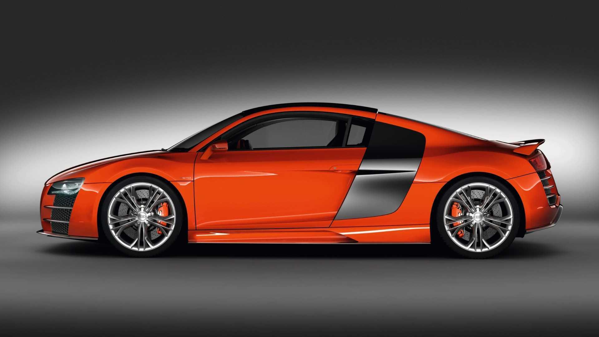 """[""""Audi R8 V12 TDi""""]"""