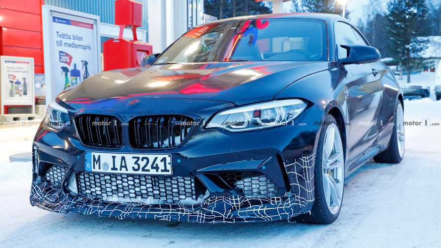 BMW M2 CS spied up close revealing its details