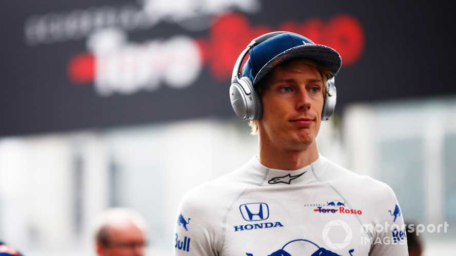Hartley joins Ferrari as F1 simulator driver