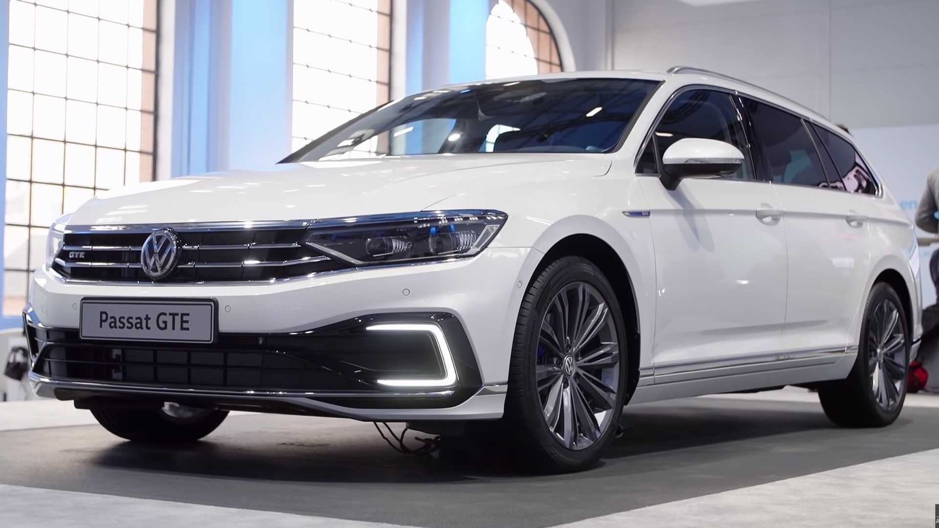 Europe S 2019 Vw Passat Shows It All In Walkaround Video