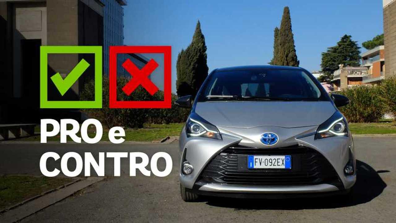 Toyota Yaris Hybrid Y20 - Pro e Contro