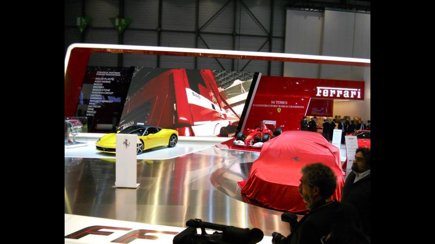 Poker d'assi per la Ferrari FF