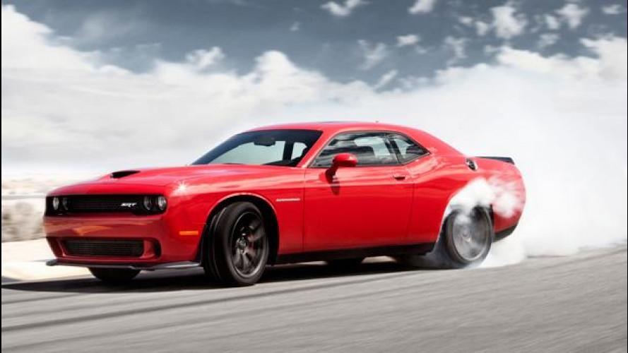 Dodge Challenger SRT Hellcat 2015, un vero dragster