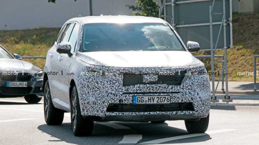 Kia Sorento New Spy Photos