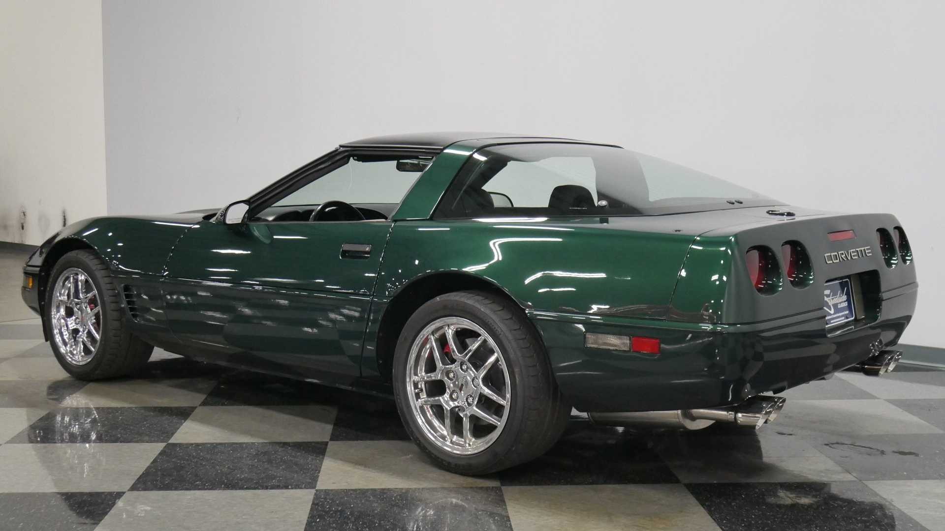 Polo Green 1995 Chevrolet Corvette C4 Is A Real Winner | Motorious