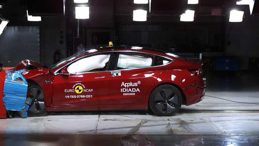 Tesla Model 3, Euro NCAP testlerinde sınıfının en iyisine denk çıktı