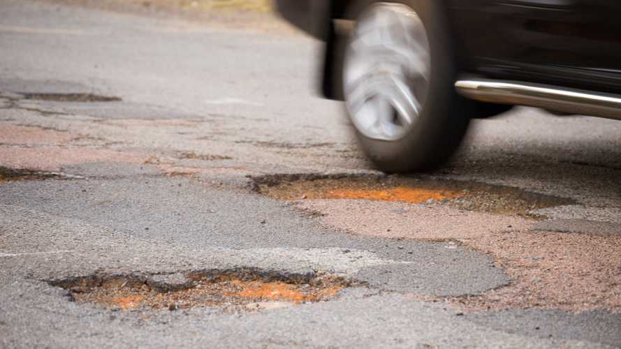 RAC report suggests improvement in UK road surfaces