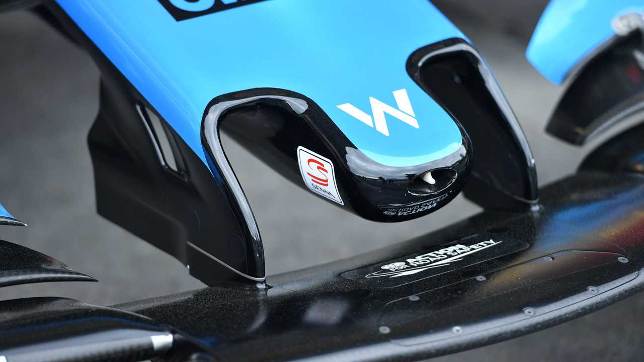 Senna logo on the front wing of Williams FW42