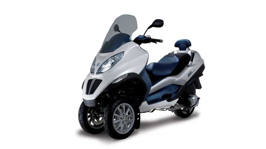 141mpg Piaggio MP3 Hybrid will go on sale in USA Q1 2010